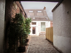 Up the cobbles towards the cafe