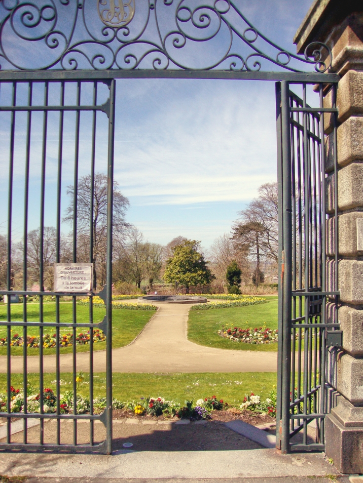 Sunday at the jardin