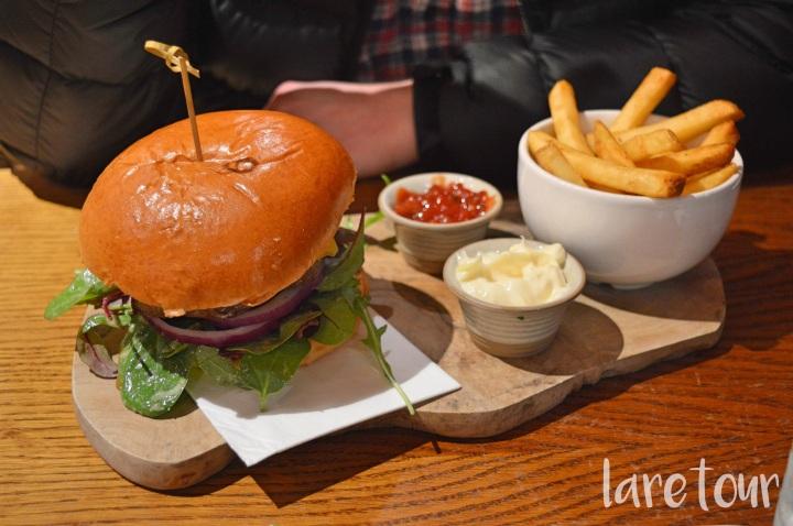 Brambles' burger