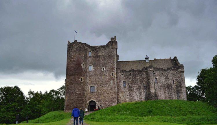 doune-castle-scotland-002