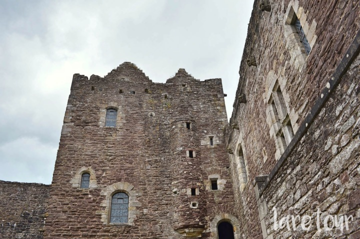 doune-castle-scotland-003
