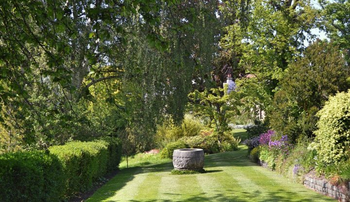 inveresk-lodge-gardens-002