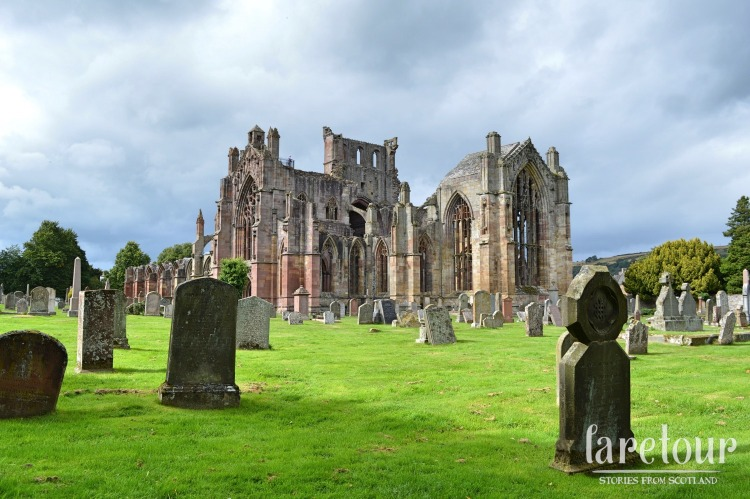 melrose-abbey-003