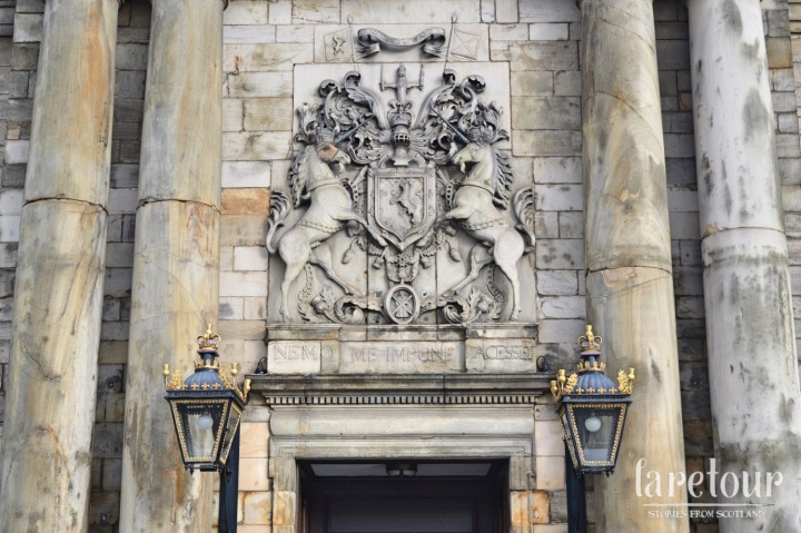 holyrood-palace-autumn-001