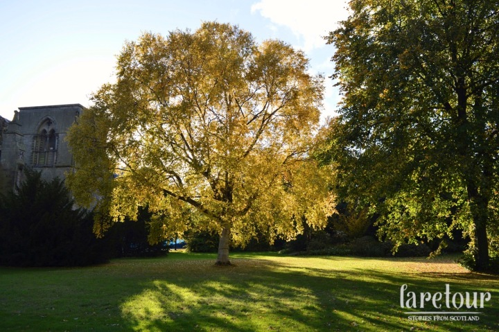 holyrood-palace-edinburgh-blog-002