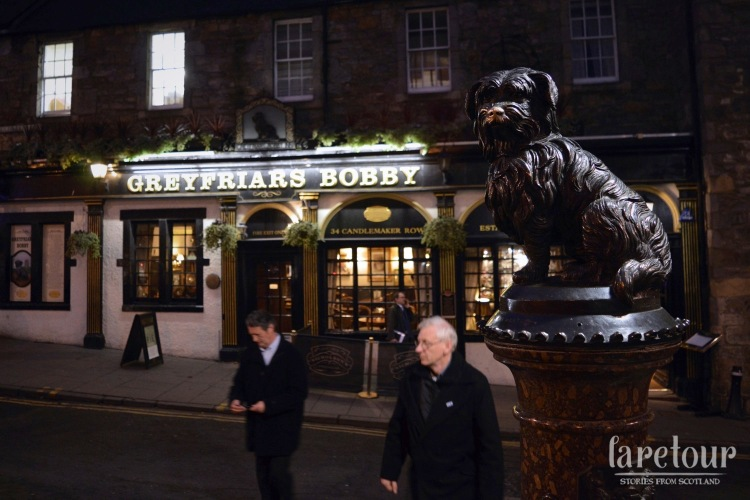 grassmarket-walking-tour-edinburgh-001