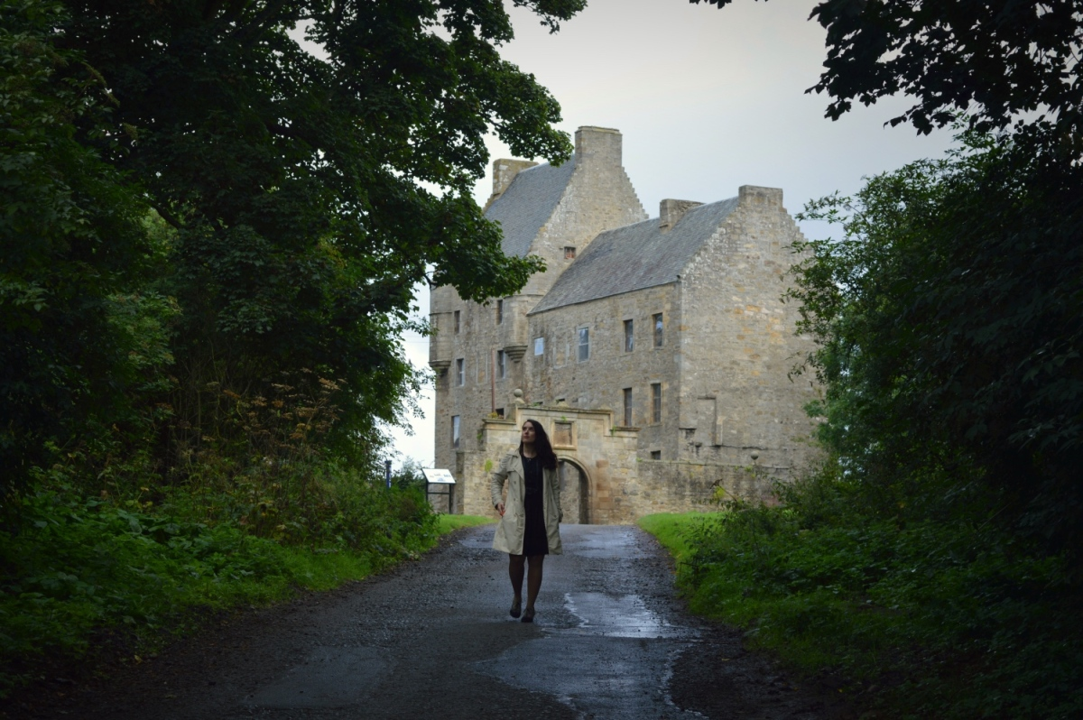 A guide to the ultimate Outlander road trip!