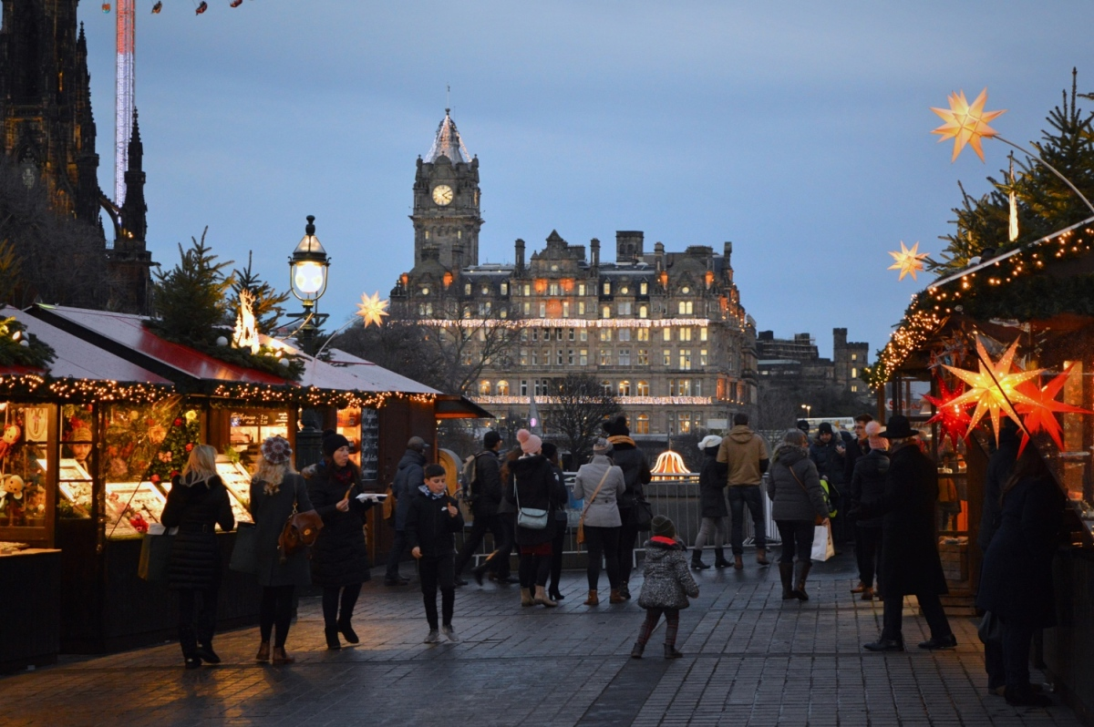 An evening at Edinburgh's Christmas market!